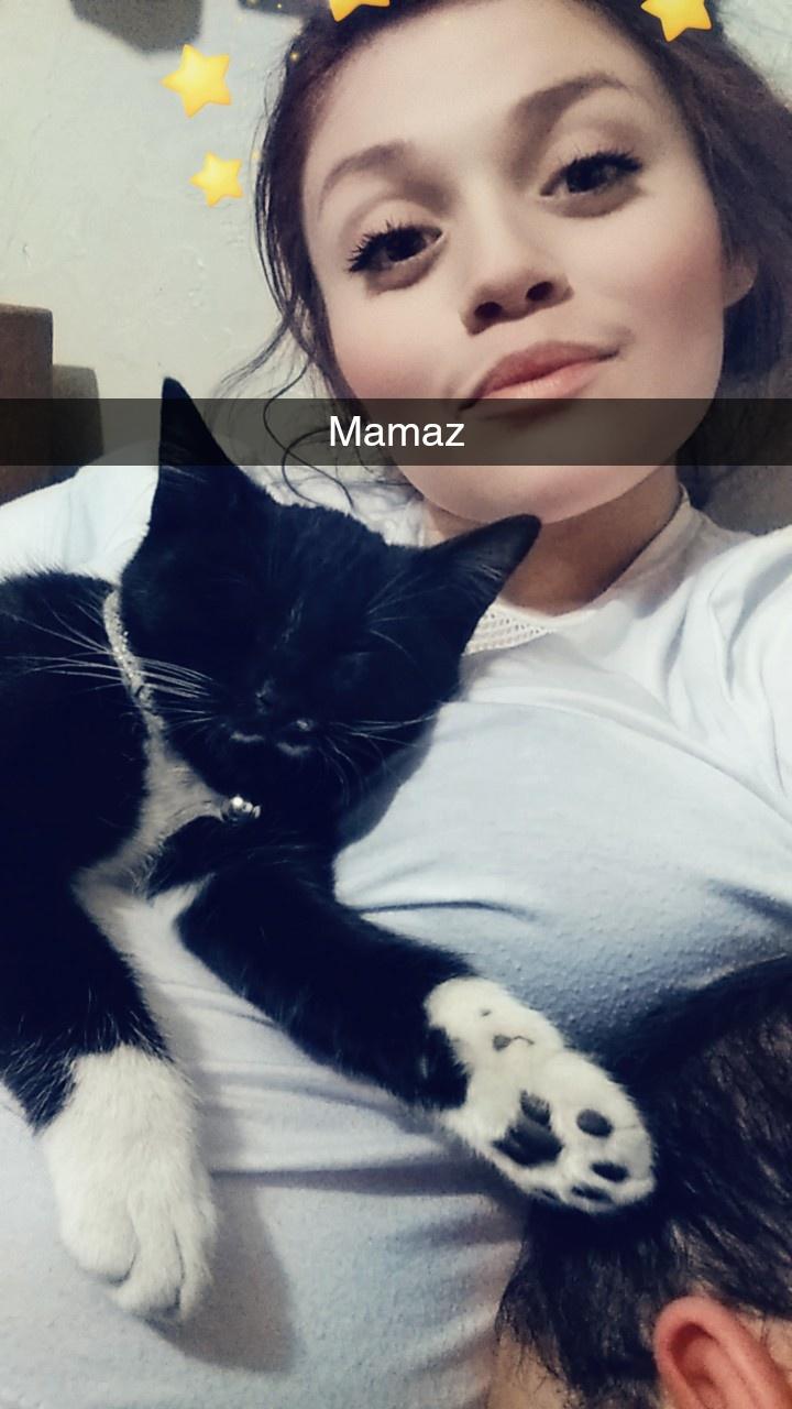 Roxy/ Mama's